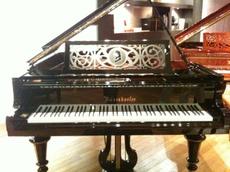 110829_piano1